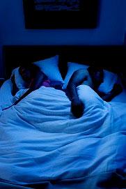 couple-dors-nuit