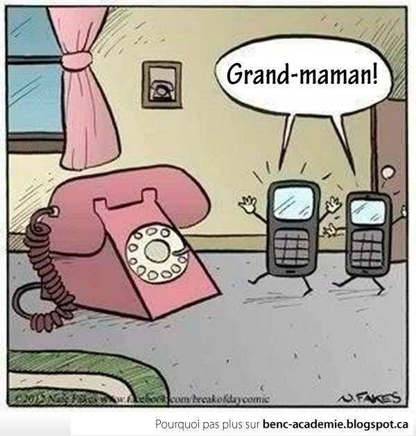 petits enfants «mobiles» visitent la grand-maman téléphone