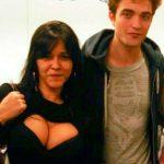 Robert Pattinson et le décolleté… niveau de concentration expert!!