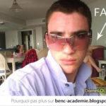 Selfie de douchebag, regarde derrière toi