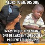 Africain sceptique, de l'argent en échange de dents
