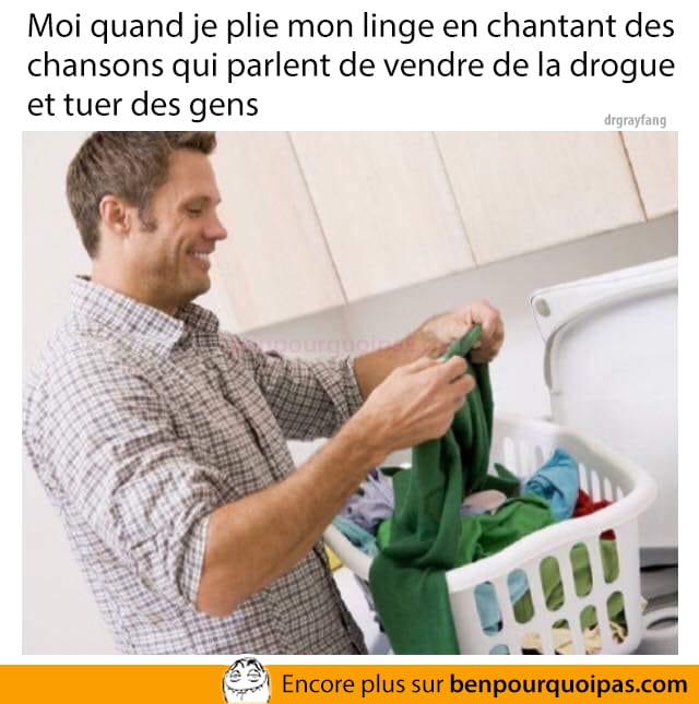 Chanter en faisant la lessive