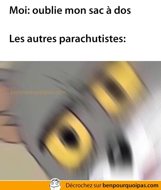 Oublier son sac-à-dos en parachute