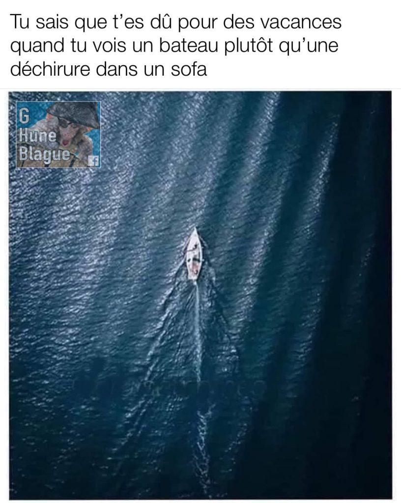 Illusion d'optique: Si tu vois un bateau qui navigue dans les eaux plutôt qu'une déchirure dans le cuir, t'es dû pour des vacances!