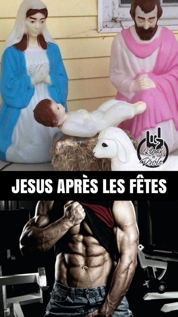 Jesus  dans  la crèche semble faire des crunch et aura des abdominaux incroyables